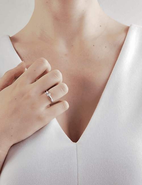 Silver knot ring woman