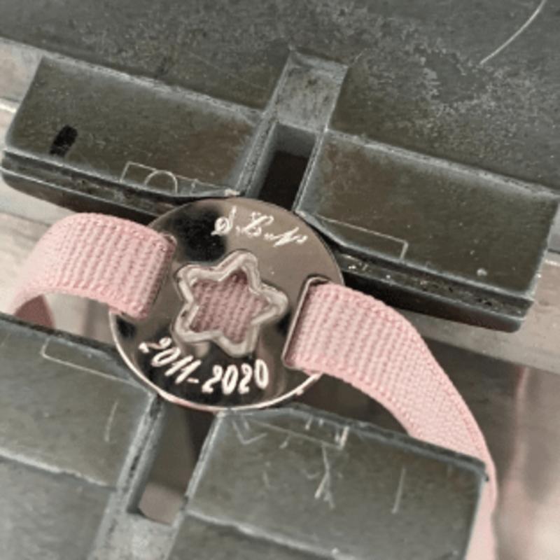 Bracelet elastic medal star free engraving jewelry store dendermonde.png