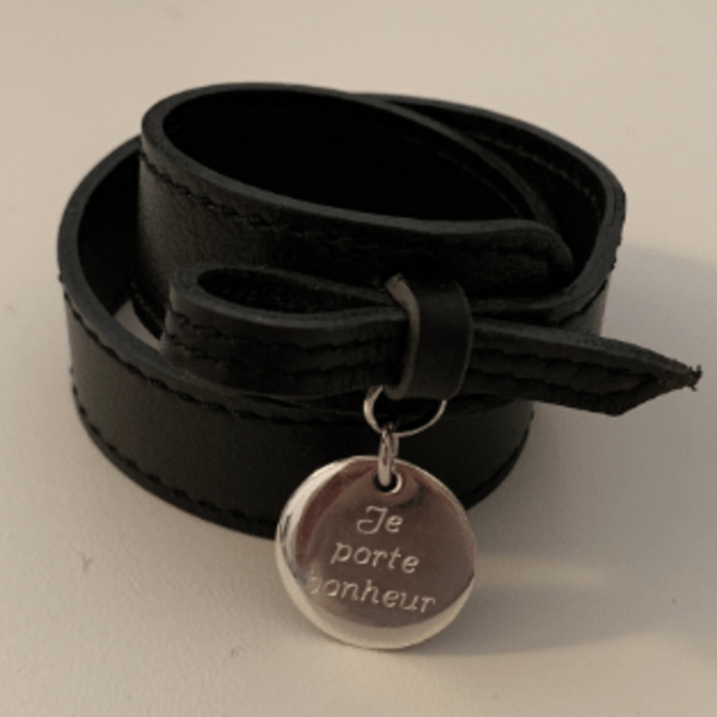 Bracelet leather medal silver jewelry store torhout.png